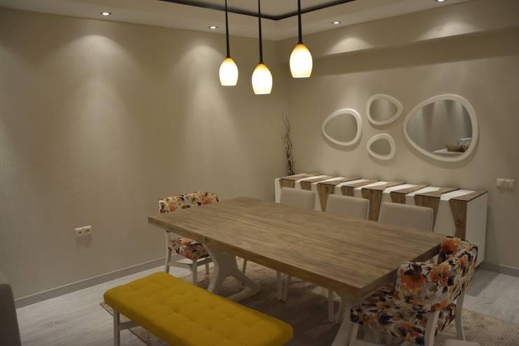 Deco Mimarlik – Özel Konut Tasarımı:  tarz Yemek Odası