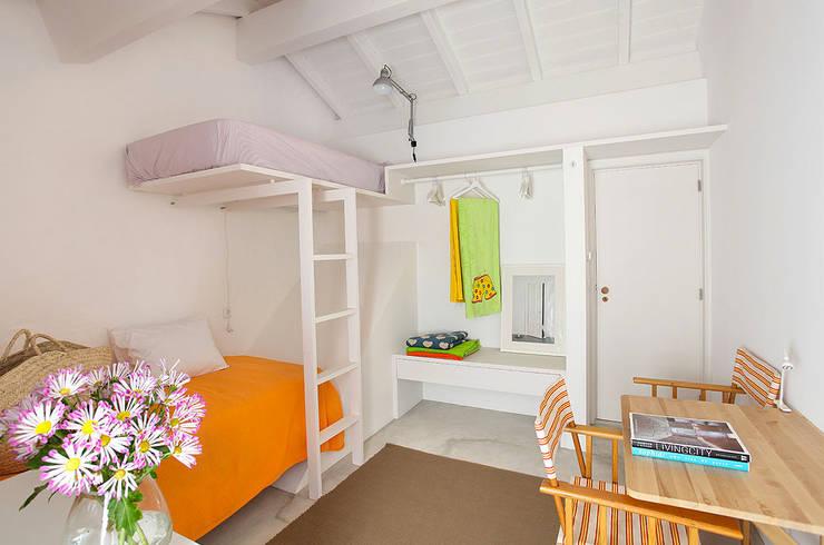 Dormitorios infantiles de estilo  por MANUEL CORREIA FERNANDES, ARQUITECTO E ASSOCIADOS