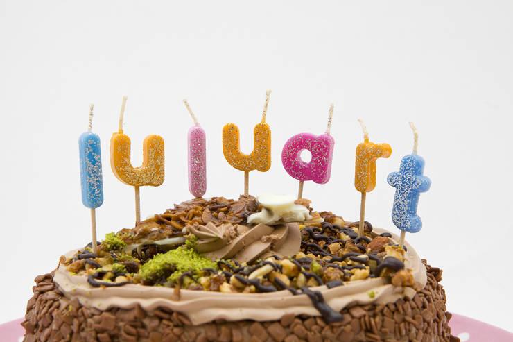 Sinerjimum – Harfli Doğum Günü Mumları:  tarz