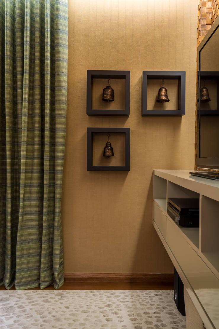 Apartamento Santo Antônio: Salas multimídia  por Melina Mundim | Design de Interiores