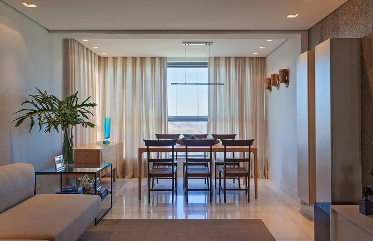 Loft Belvedere: Salas de jantar modernas por Dubal Arquitetura e Design