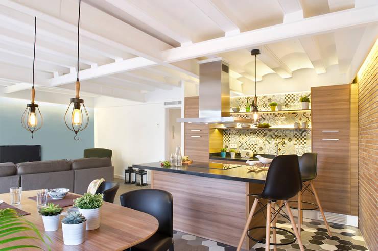 Cucina in stile in stile Moderno di Egue y Seta