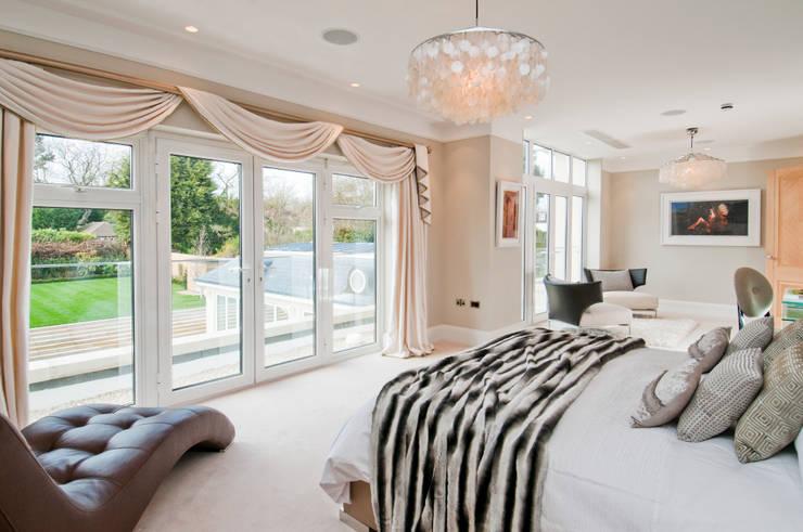 Phòng ngủ by Shandler Homes Ltd