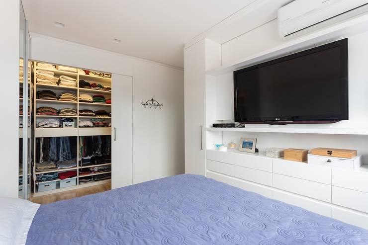 Quarto com closet e banheiro o conjunto perfeito para o for Closets para apartamentos pequenos