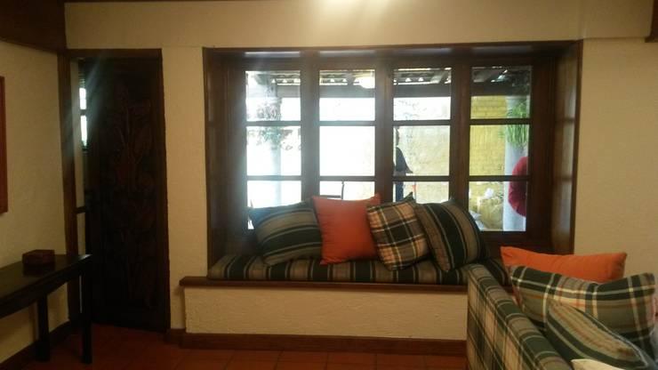 ANTES, Bay window:  de estilo  por Purista Interiorismo