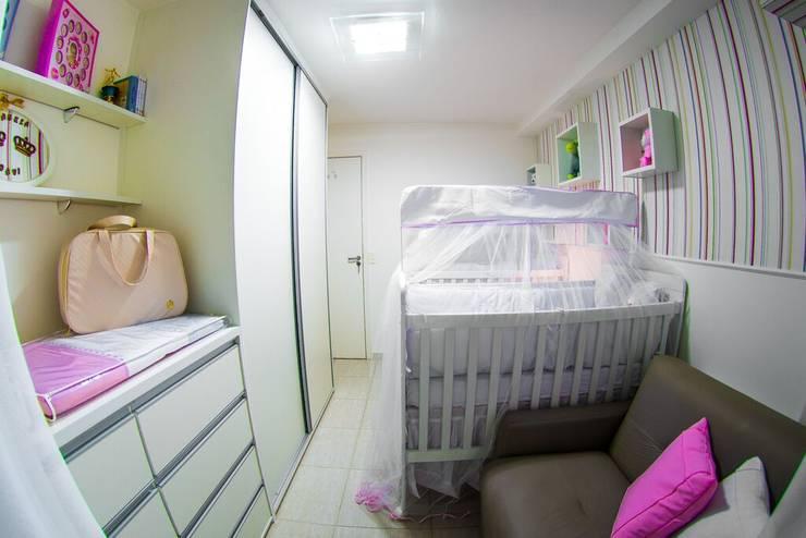 Quarto Gêmeos: Quarto infantil  por Millena Miranda Arquitetura