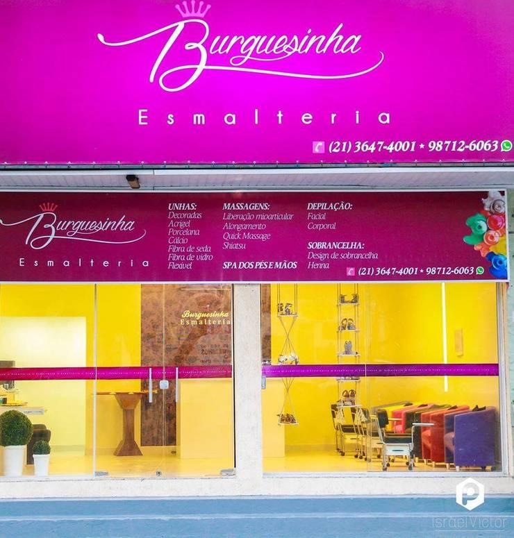 Burguesinha Esmalteria Lojas & Imóveis comerciais modernos por Millena Miranda Arquitetura Moderno