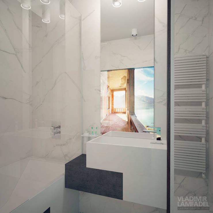 Uno mattina nebbiosa a Milano: Ванные комнаты в . Автор – Laboratorio Creativo di Vladimir Lamfadel