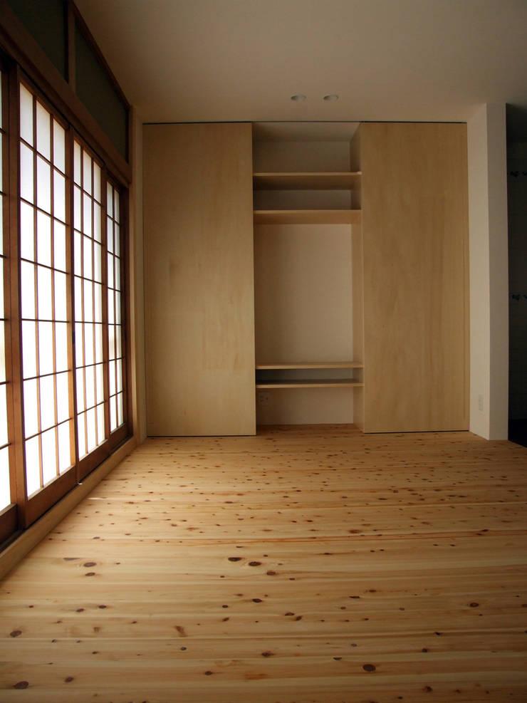 TV棚(1): カナタニ建築設計工房が手掛けたです。