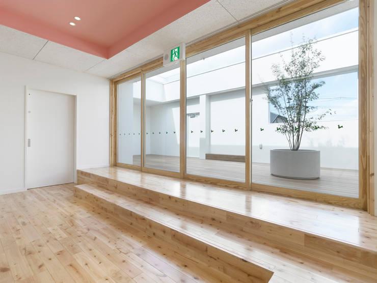 エンゼル保育所: 株式会社ofa 小原賢一+深川礼子が手掛けた学校です。