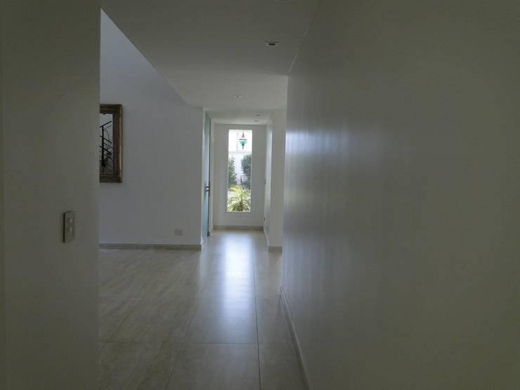منازل تنفيذ Arquitectos Building M&CC - (Marcelo Rueda, Claudio Castiglia y Claudia Rueda)
