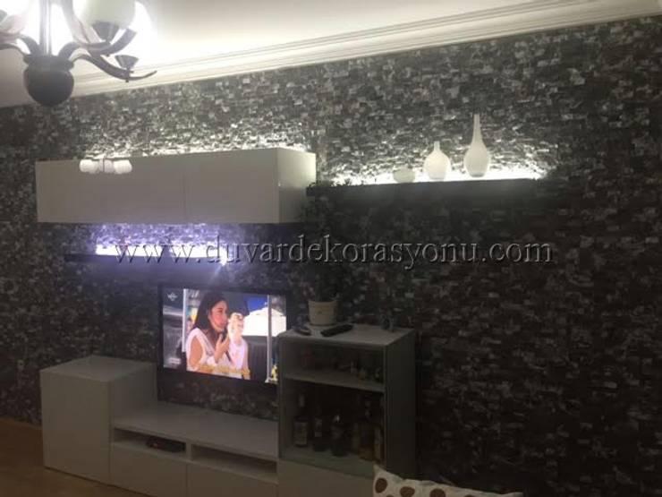 Tayba Mermer – Tv ünitesi duvarı tas dekorasyonu:  tarz Oteller, Akdeniz Taş