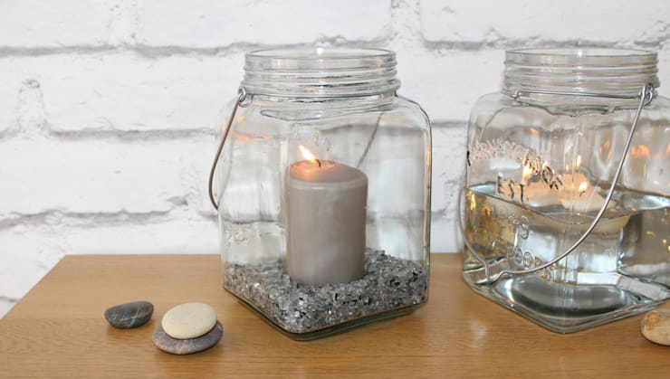 Cosmic Jar: minimalistic Bedroom by HeadSprung Ltd