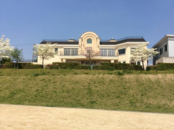 施工事例1: ㈱K2一級建築士事務所が手掛けた家です。