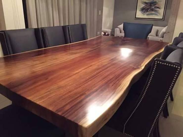 Mesas: Comedor de estilo  por JS ARQUITECTURA
