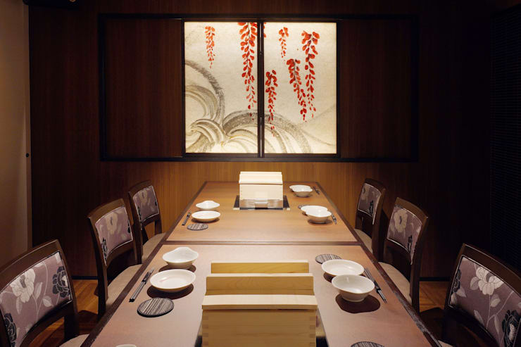 B1F DINING-5: 株式会社DESIGN STUDIO CROWが手掛けたレストランです。