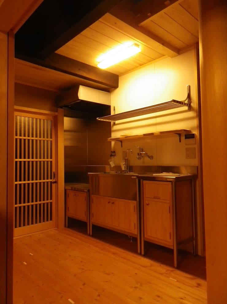 Kitchen by 末川協建築設計事務所, Asian