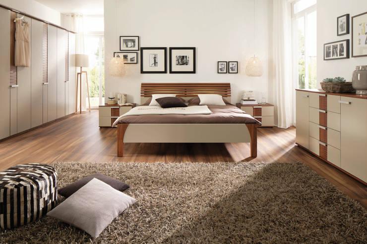 modern Bedroom by Möbel Röthing - ...wir machen Zuhause