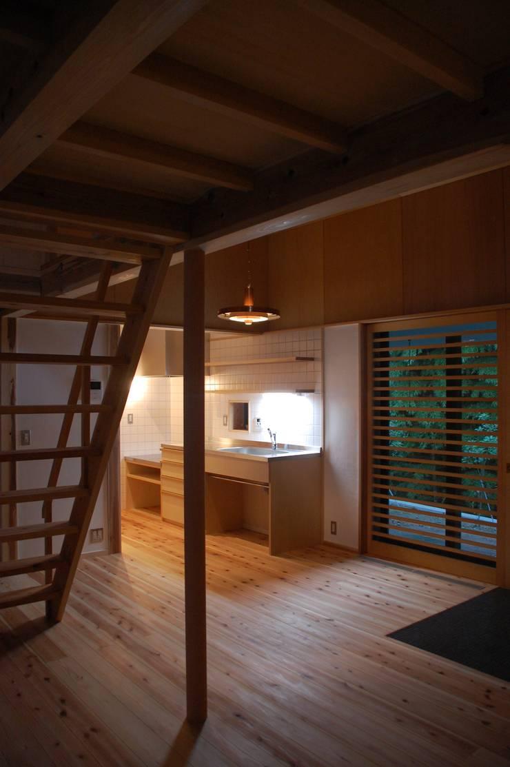 奏でるsumai: 一級建築士事務所アトリエ樫が手掛けたキッチンです。