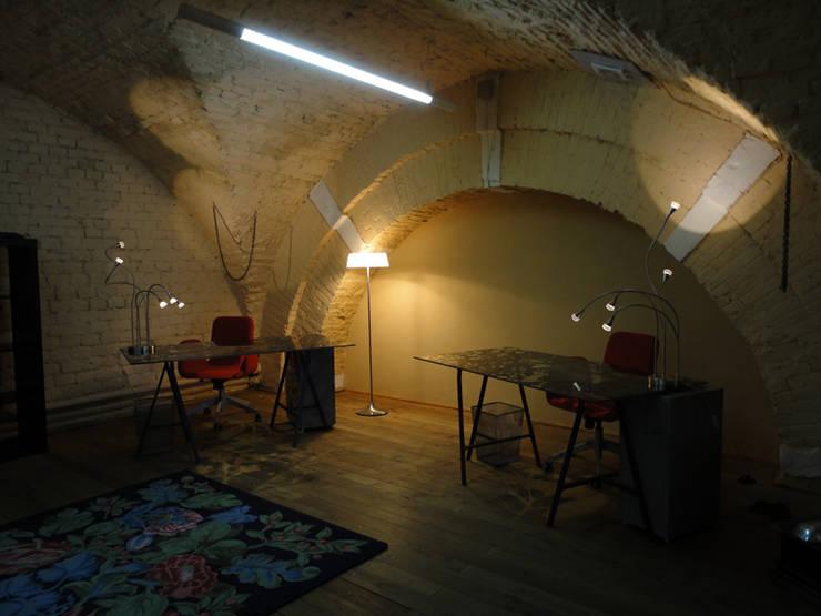 Офис, 2011-12 гг.: Коммерческие помещения в . Автор – Бюро Акимова и Топорова,