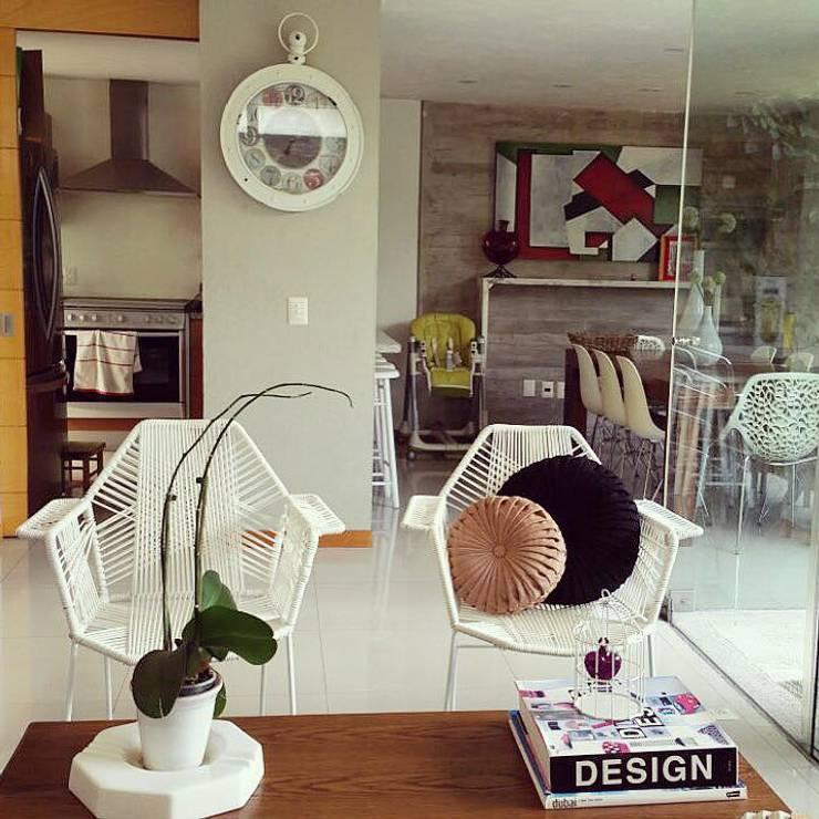 Decoraciones y diseños: Salas de estilo  por Talisma