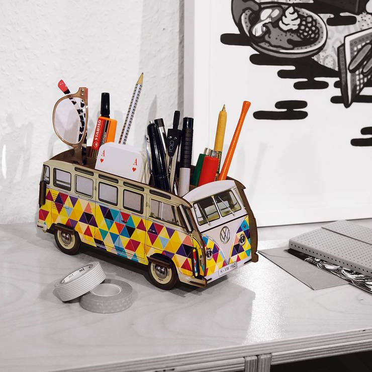 Projekty,  Domowe biuro i gabinet zaprojektowane przez Werkhaus Design + Produktion GmbH