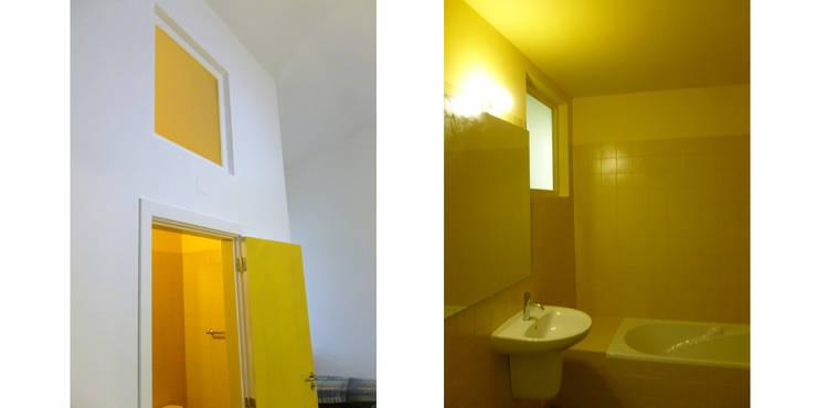casa montefilipe: Casas de banho  por Atelier Base
