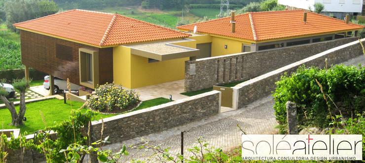 Casas de estilo  por SOLE ATELIER, LDA