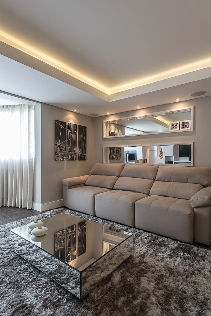 Apartamento em Curitiba – PR.: Salas de estar  por Saad.Ribeiro Arquitetura e Interiores,