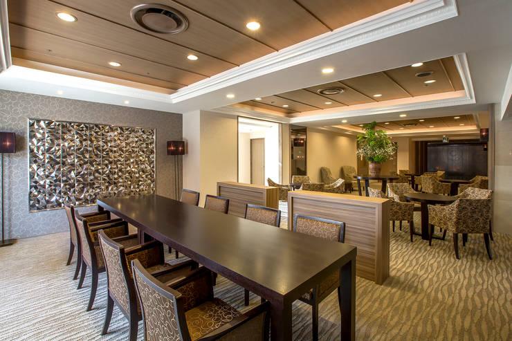MEETING AREA-1: 株式会社DESIGN STUDIO CROWが手掛けたホテルです。