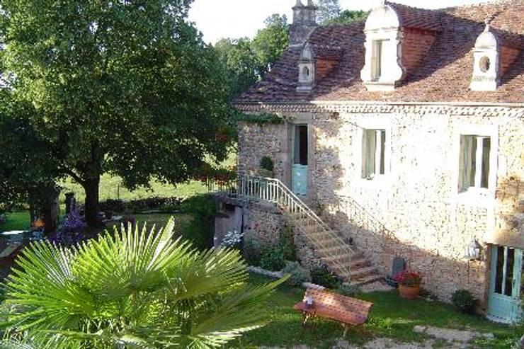 Projet Dordogne: Maisons de style  par Agence Inside DECO