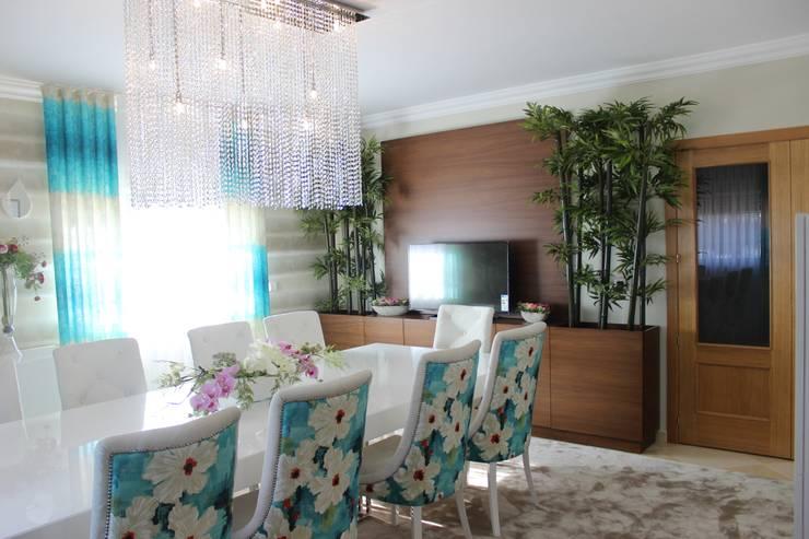 Phòng ăn by Andreia Louraço - Designer de Interiores (Contacto: atelier.andreialouraco@gmail.com)