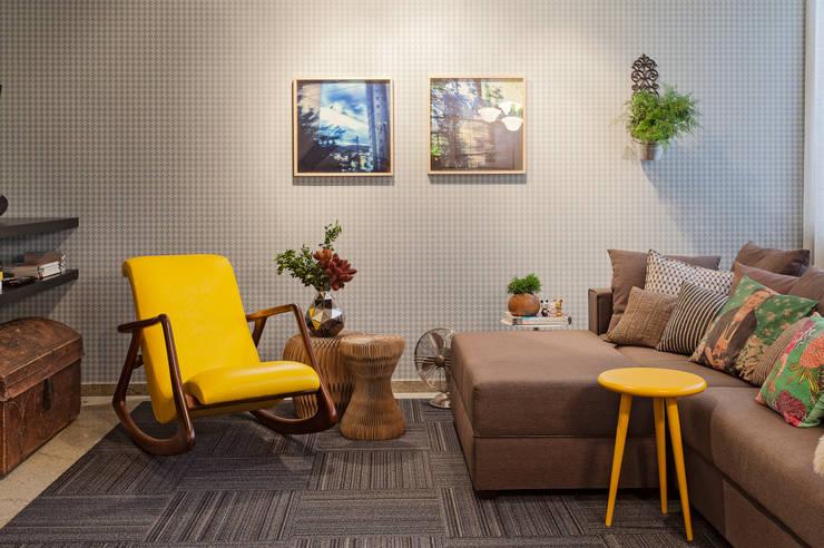 Livings de estilo moderno por Dubal Arquitetura e Design