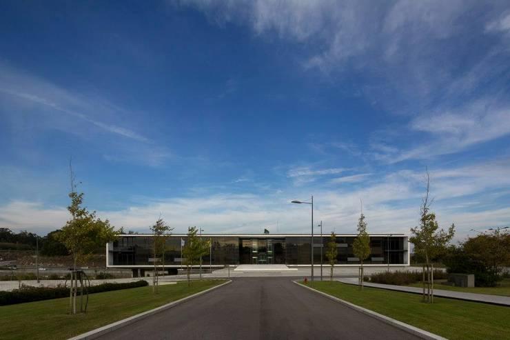 Edifício Agros:   por Rocha Leite Arquitectos Associados