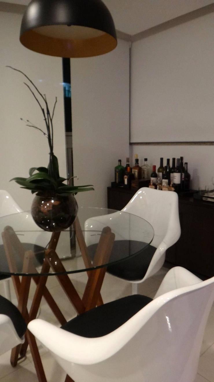 Modern dining room by PdP Arquitetura Modern