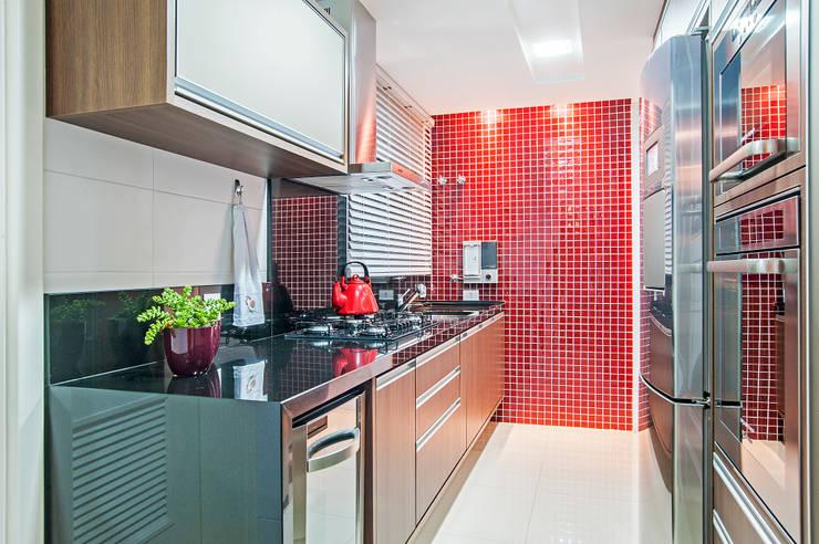 Кухни в . Автор – Adriane Perotoni Arquitetura.Interiores