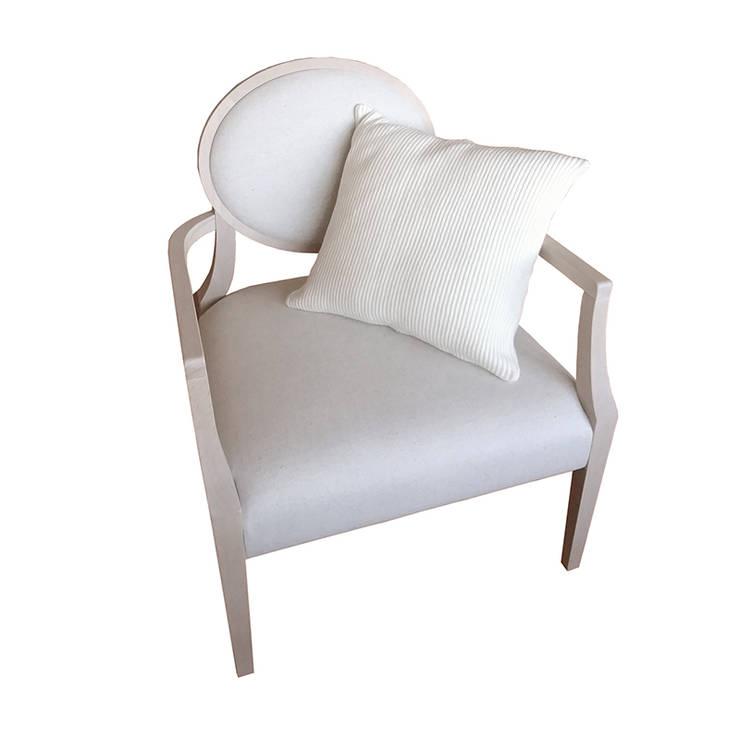 Cadeira Emília: Casa  por Boa Safra