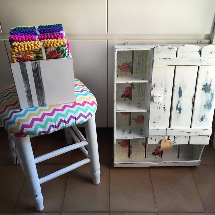 Objetos de diseño para el hogar y renovación de muebles de VARM Tienda Moderno