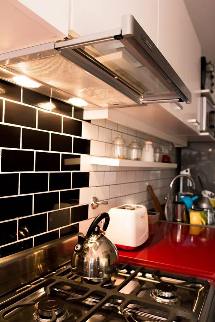 COCINA – SyP: Cocinas de estilo  por Vorm