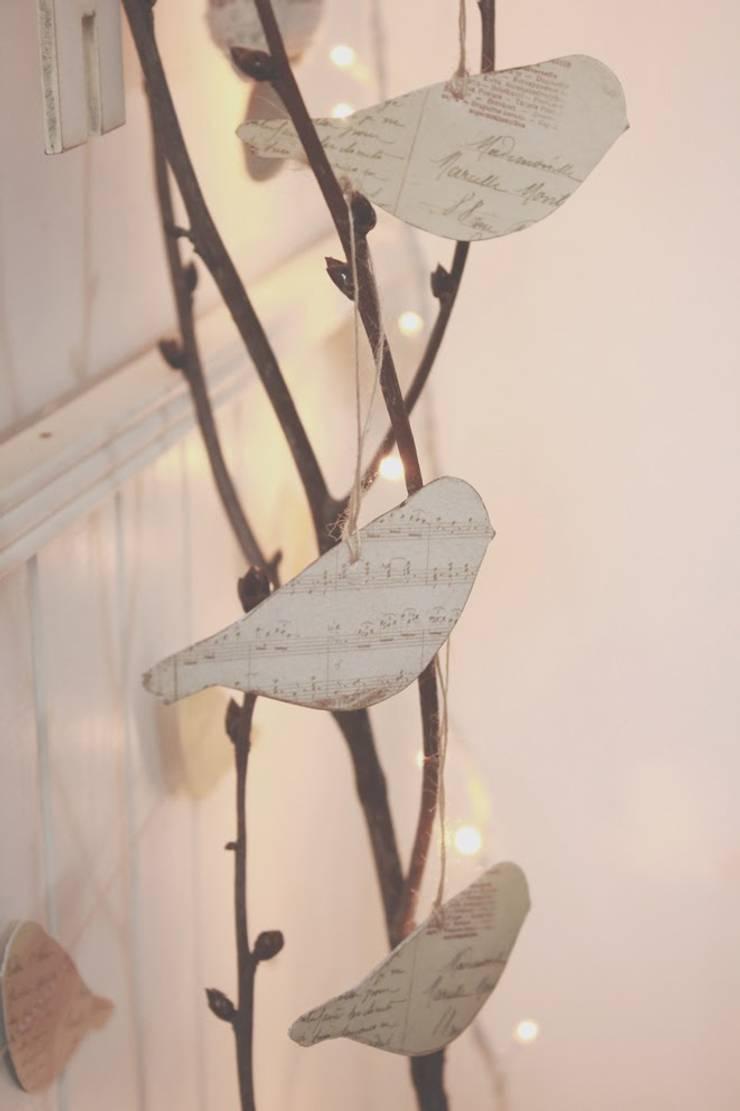My winter home + A woodland Christmas: Hogar de estilo  por La Maison Boop!