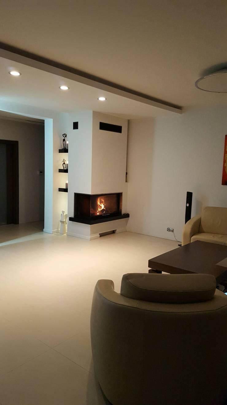 Dom Chwaszczowo- Gdynia: styl , w kategorii Salon zaprojektowany przez Pracownia Projektowa Wioleta Stanisławska
