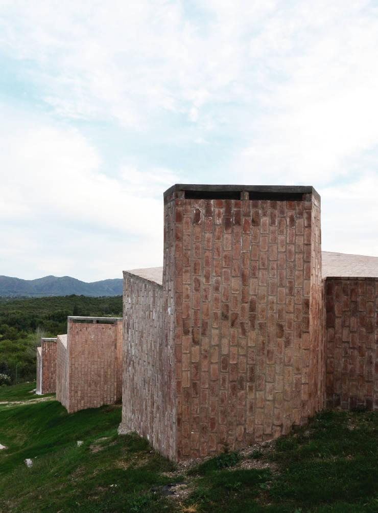 BIAU - El Mangaleta: Casas de estilo  por Marco Rampulla Arquitecto