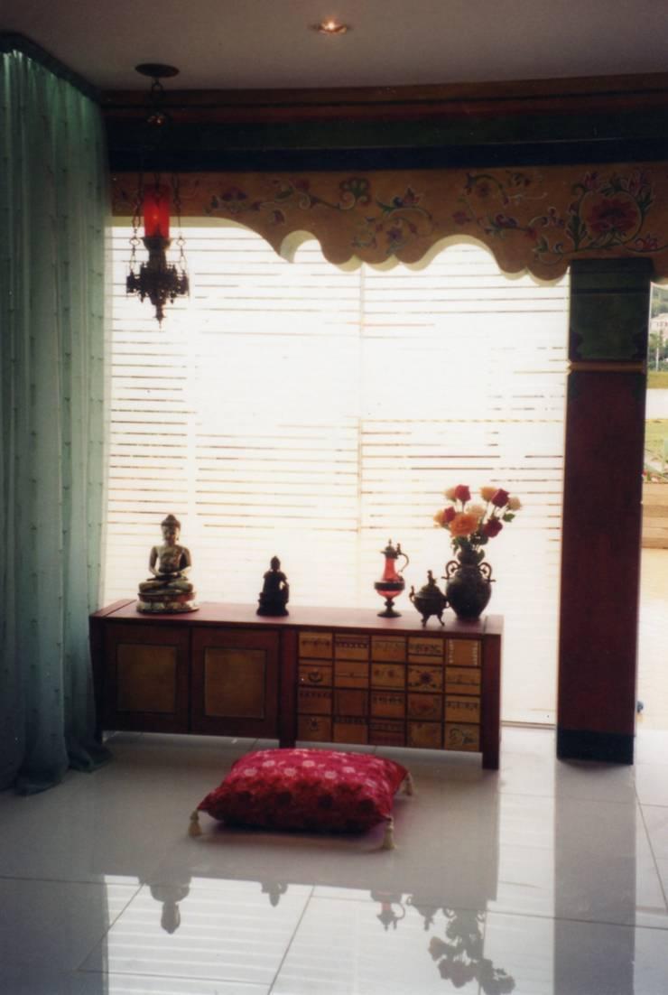 Hinduismo: Salas de estar ecléticas por CMSP Arquitetura + Design