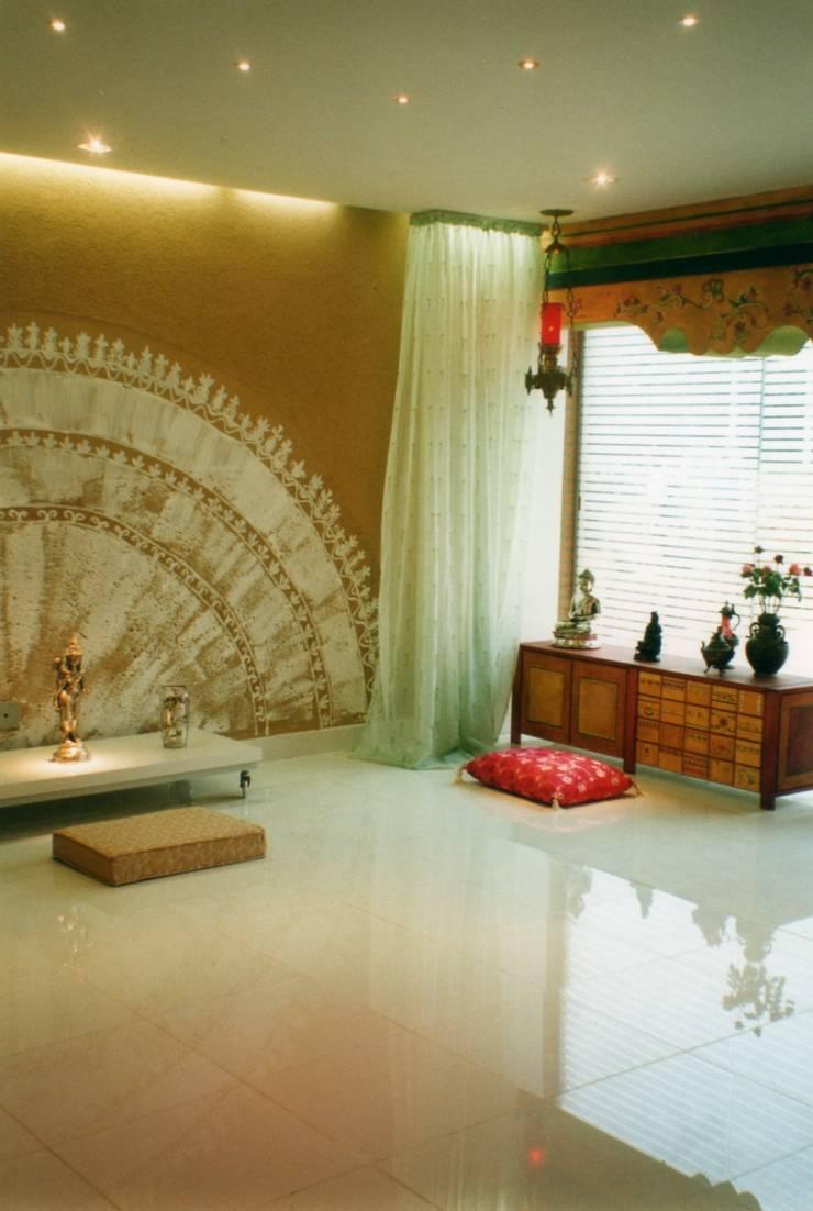 Soulness - 2003: Salas de estar ecléticas por CMSP Arquitetura + Design