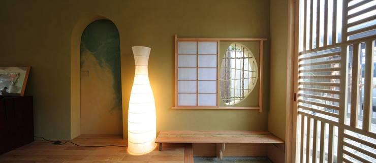 kyo-Machiya mon amour 第一作品: シィエル・ルージュ・クレアシオン(CRC)が手掛けたリビングです。
