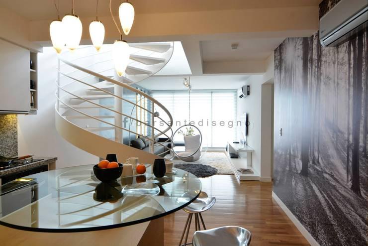 FORUM PUERTO NORTE : Pasillos y recibidores de estilo  por Barsante Disegno