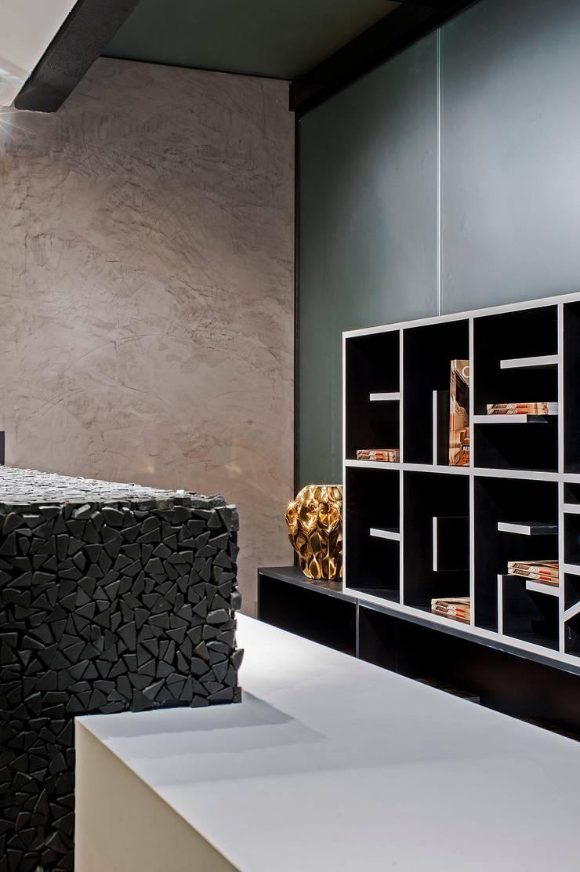 Fachada, Bilheteria e Lounge Casa Cor 2013: Espaços comerciais  por DOM Arquitetura e Interiores,Moderno