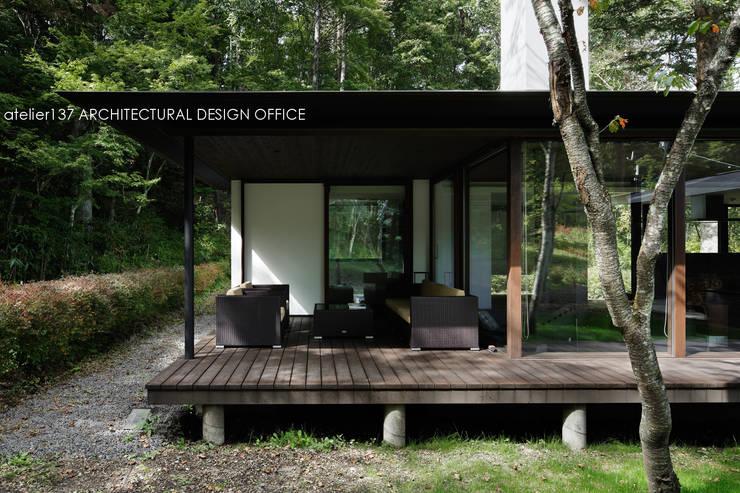 露臺 by atelier137 ARCHITECTURAL DESIGN OFFICE