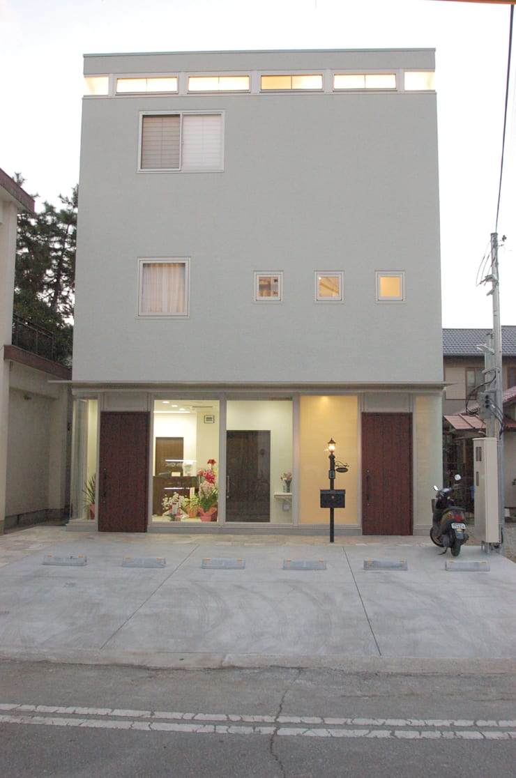 Houses by 光安義光&アトリエMYST / MITSUYASU  YOSHIMITSU & ATELIER  MYST,