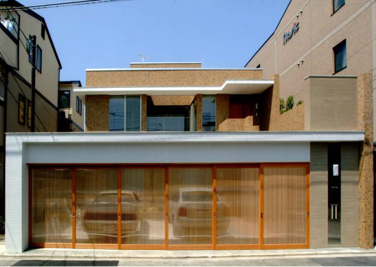 外観: 株式会社 岡﨑建築設計室が手掛けた家です。,モダン